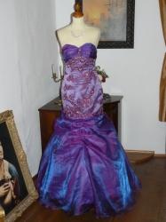 4a050e8368e Brode fialové sexy plesové šaty originál.