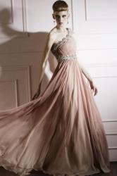 Code plesové šaty šité na míru růžové 11. d4fc4fb33b