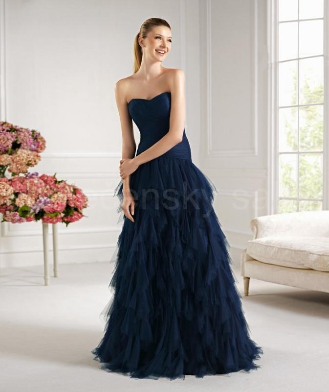 z dlouhé společenské šaty tmavě modré na ples a7ab2ef8d7